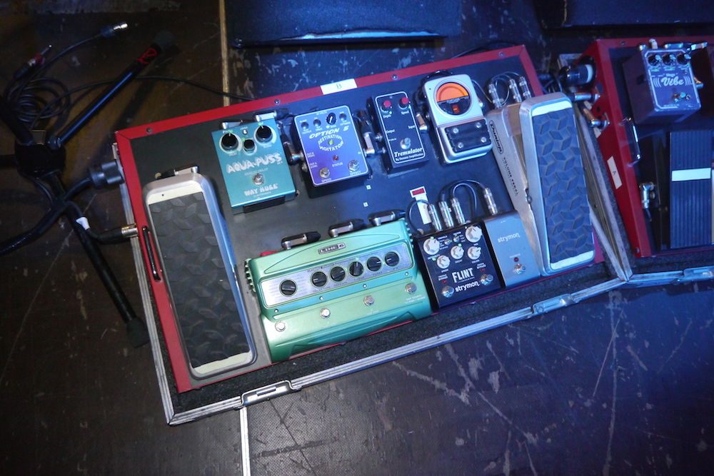 Scott Holiday pedal board - Rival Sons