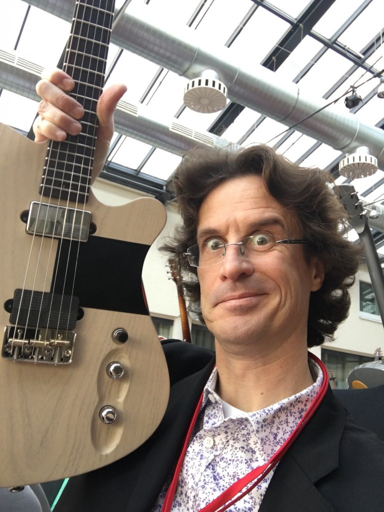 Selfie with Tao Guard at the 2015 Holy Grail Guitar Show