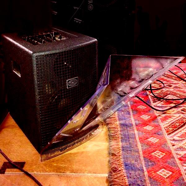 Acoustic amp Deeflexx C HooVi