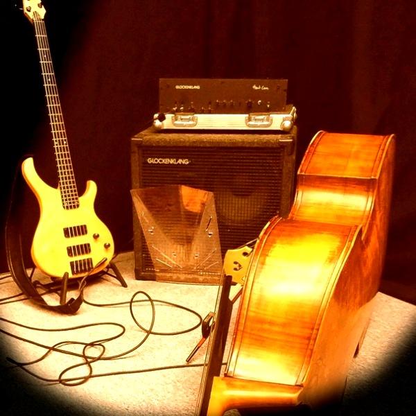Bass amp Deeflexx C HooVi
