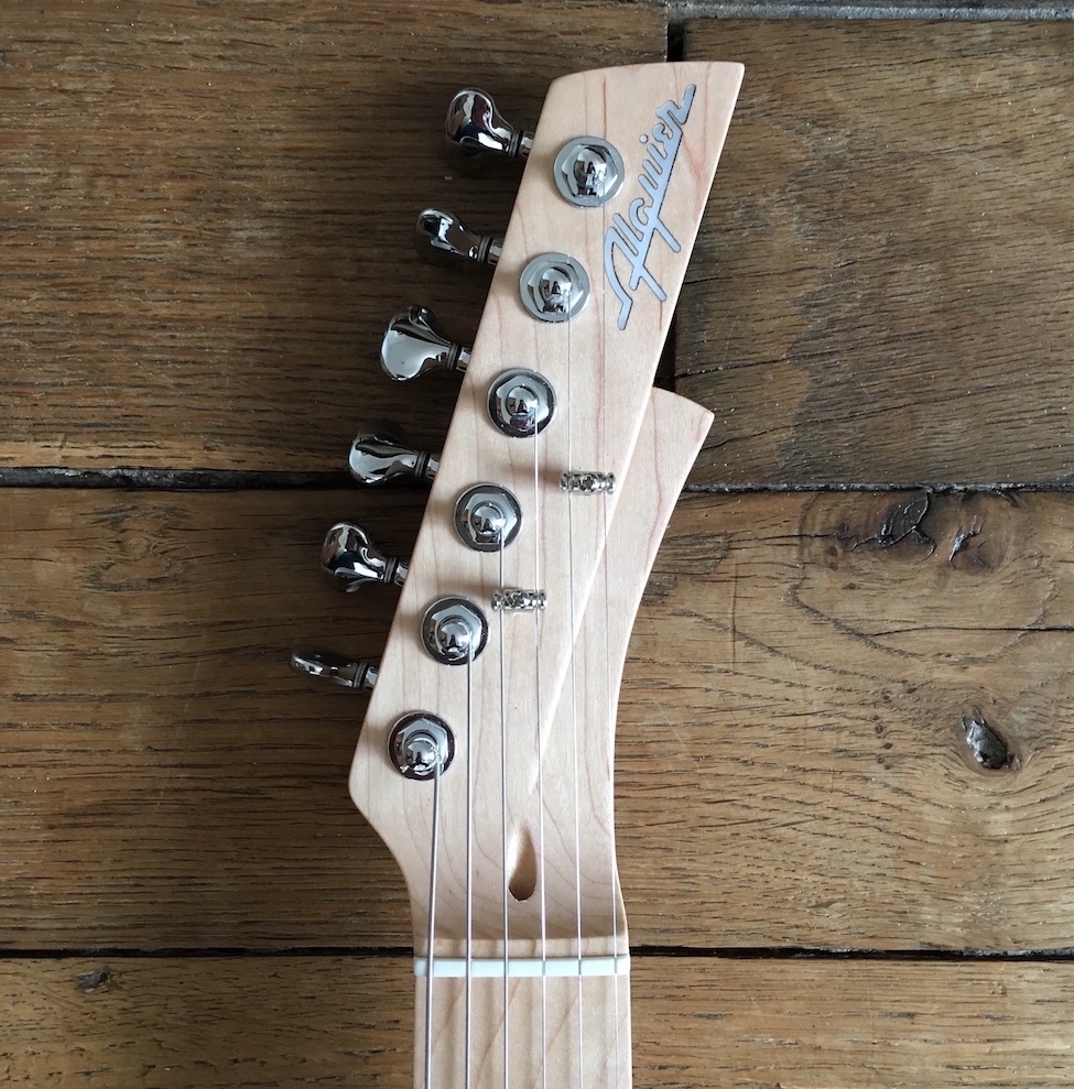 Guitar Review - Fastback Alquier by Maurice Dupont - The Guitar Channel