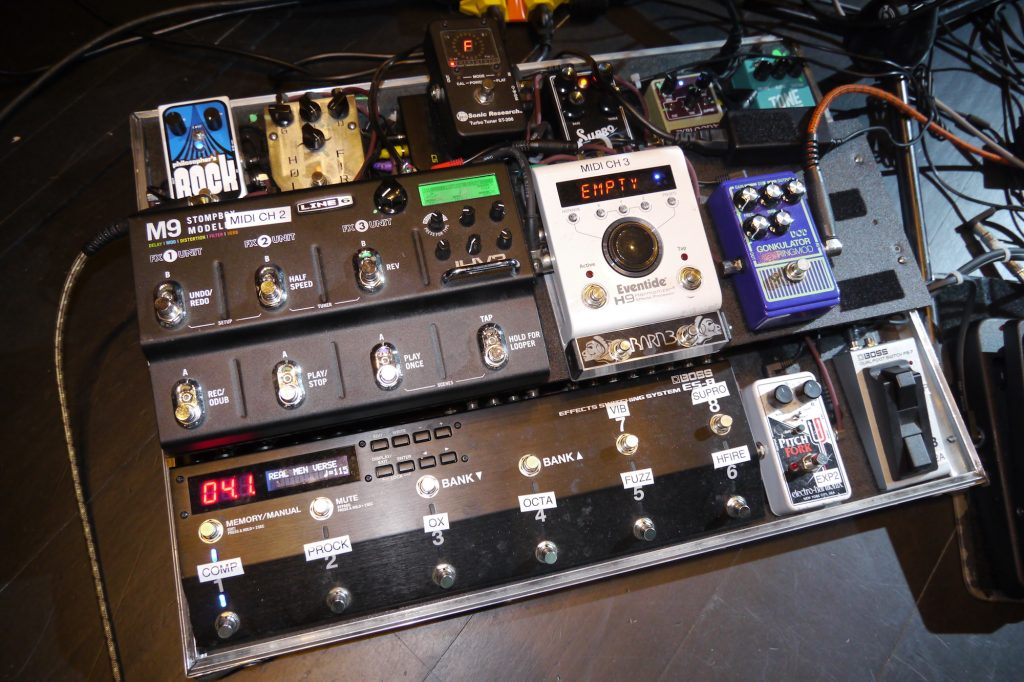 Joe Jackson guitar player Teddy Kumpel pedalboard demo