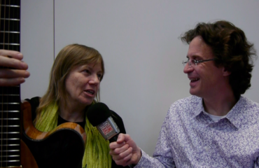 Luthier Linda Manzer interview at the 2015 Holy Grail Guitar Show