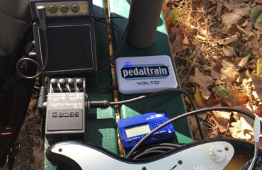 How to setup to play electric guitar on the go