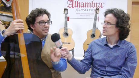 Alhambra chronicle: presentation of a guitar in Ziricote