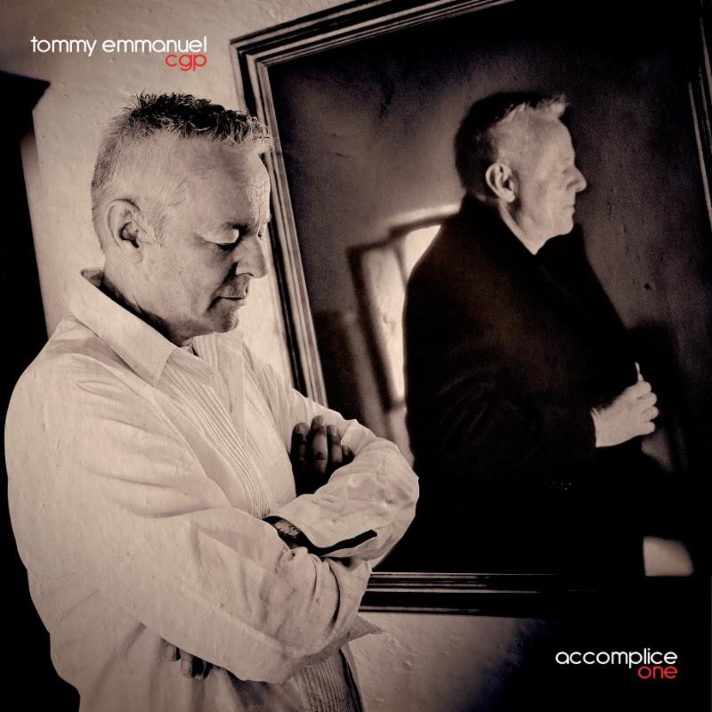 Tommy Emmanuel interview - Guitar in hand in Paris