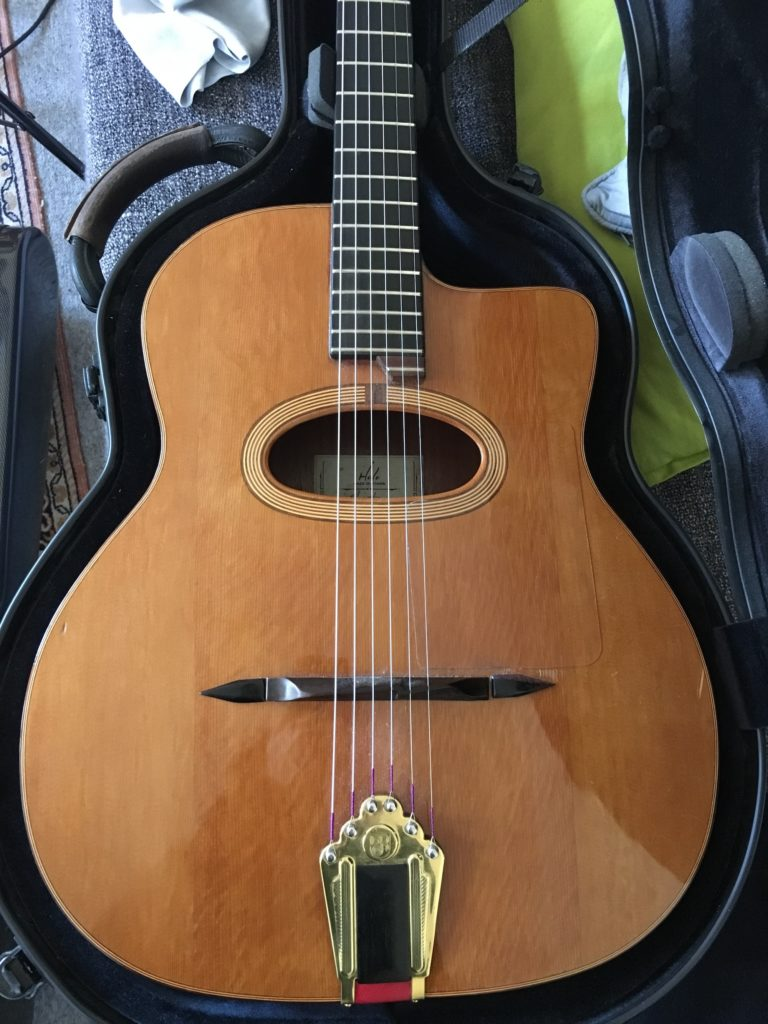 Antoine Boyer private acoustic sessions - Cameleon Waltz - Holo guitar