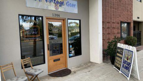 L.A. Vintage Gear guitar store visit in Burbank, Los Angeles