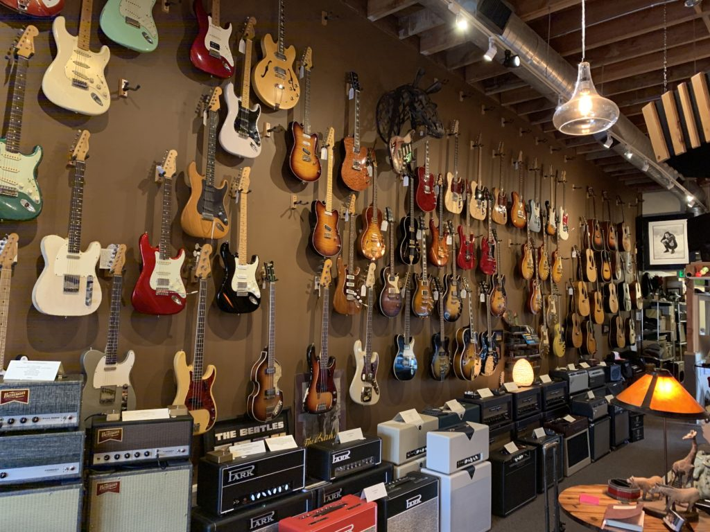 L.A. Vintage Gear guitar store visit in Burbank, Los Angeles