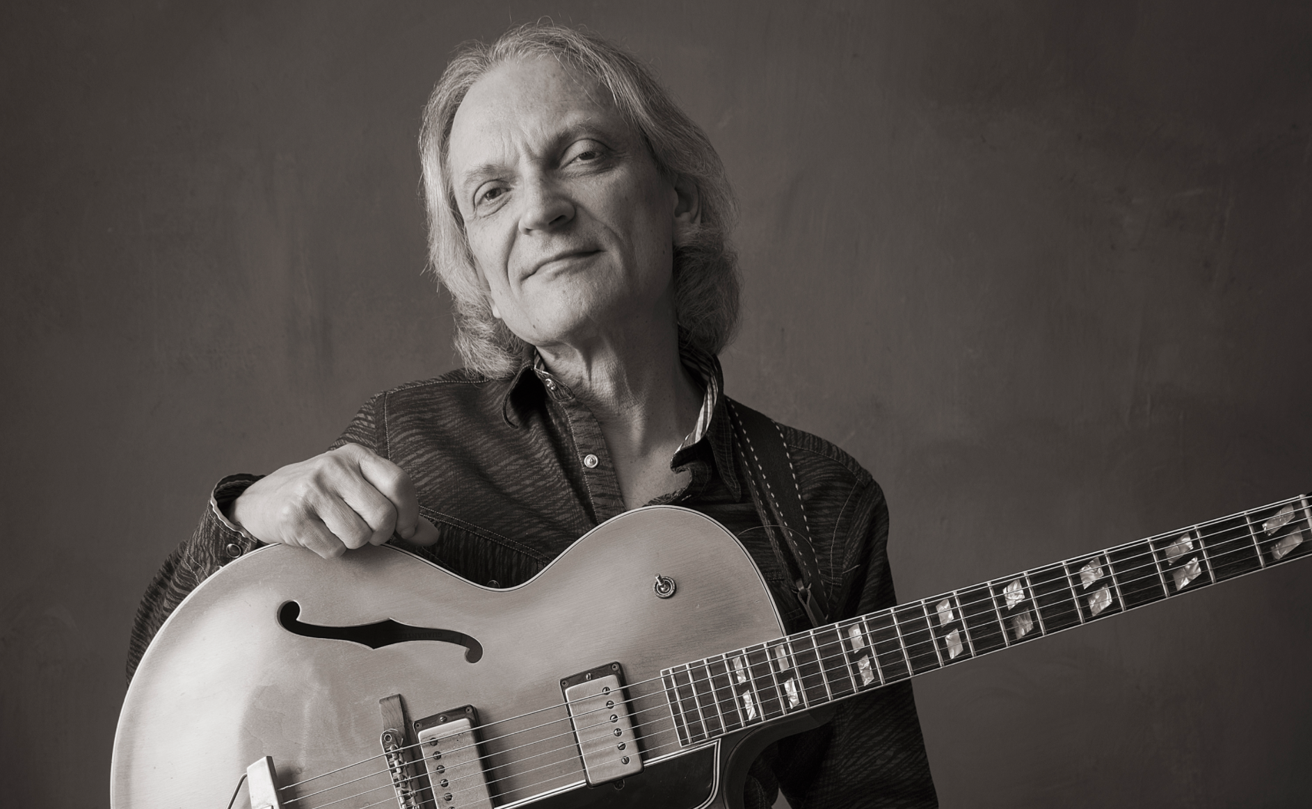Sonny Landreth interview in Paris after the Jimmy Buffet shows