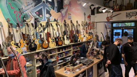 The best places to buy vintage or used guitars in Paris, France