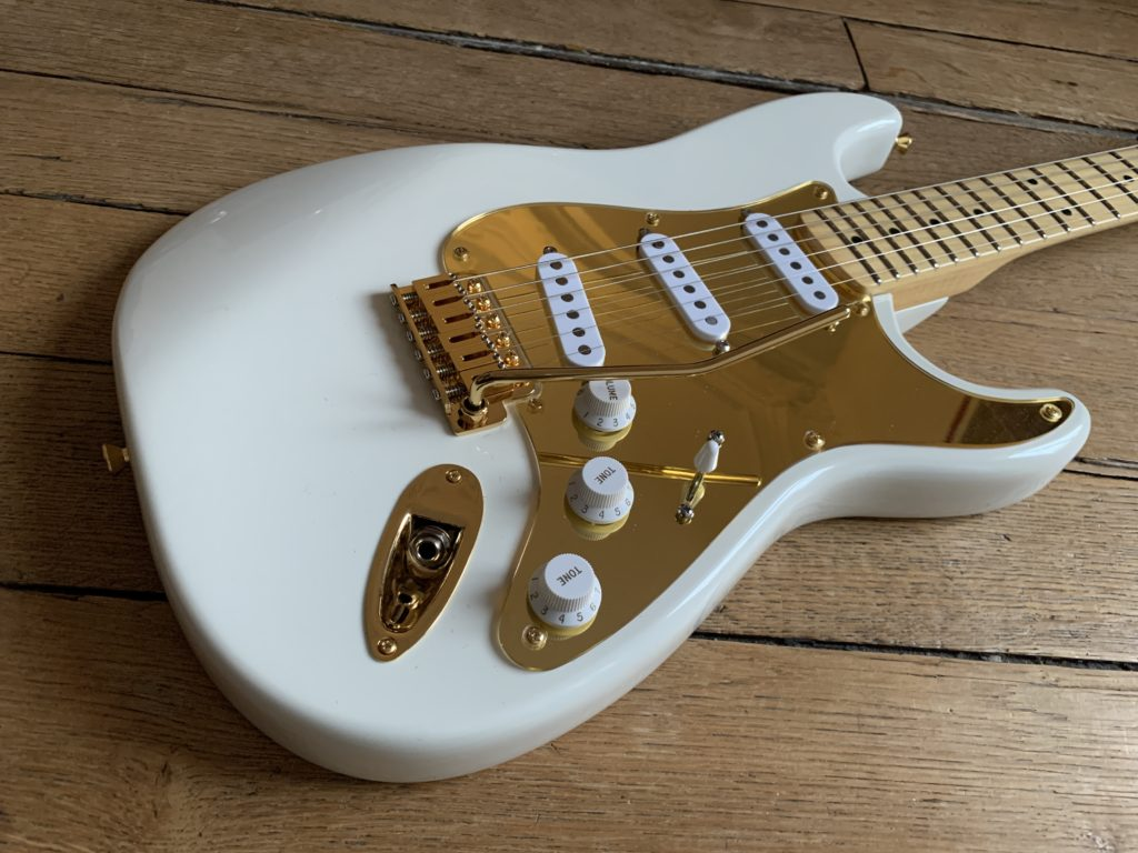 Franfret luthier's guitar model #1, a Strat with a Mahogany body