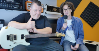 Dave Friedman interview, tube amp guru presenting his guitars in Paris