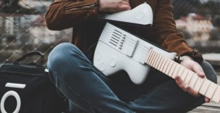 Reveho collapsible travel guitar, CEO Alexandre Albisser presents the Slite model